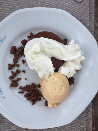 Сен-Марк-Жомегард, Франция: Tolle Dessert's