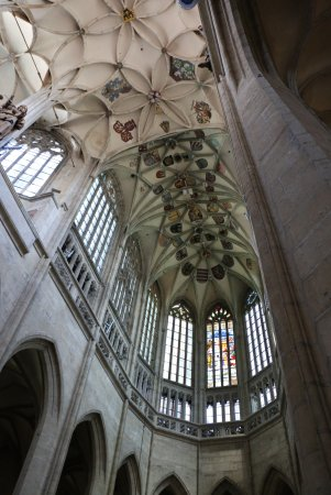 Kutna Hora, Tjeckien: View of the ceiling of the second floor from the nave.