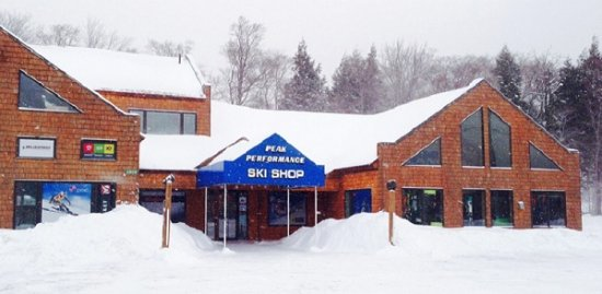 "Peak Performance Ski Shop in Killington, VT - USA is at 2808 Killington Rd (the ""Access Road)"