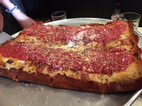Tony's Pizza Napoletana: Detroit Red Top