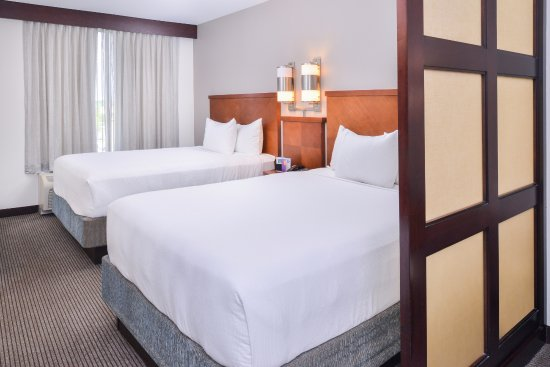 Hyatt Place Chesapeake/Greenbrier Hotel
