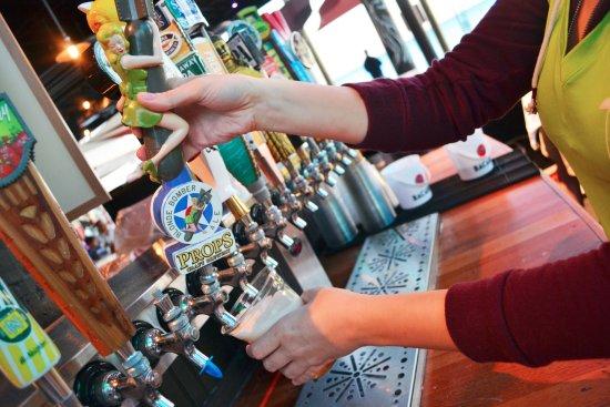 Al S Beach Club And Burger Bar Largest Draft Beer Selection On Okaloosa Island