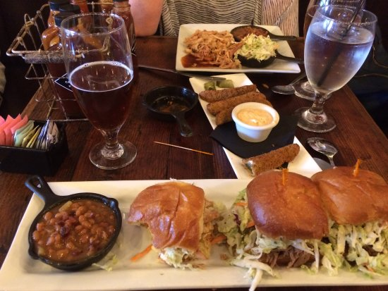 Newhall, CA: Slider Trio with Slaw