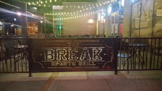 South Jordan, UT: Patio Dining is great for Hot Summer Nights!