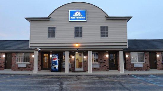 Decatur, IN: Exterior