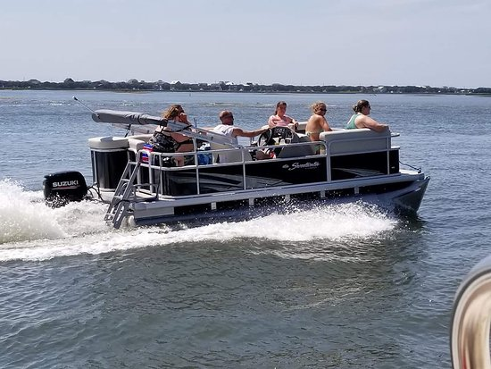 Surf City, Carolina del Norte: Aquaholics Boat Rentals LLC