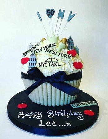 Astonishing New York Giant Cupcake Picture Of Enjoy Cakes Cafe Funny Birthday Cards Online Inifofree Goldxyz
