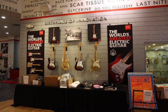 innovation picture of fender guitar visitor center corona tripadvisor. Black Bedroom Furniture Sets. Home Design Ideas