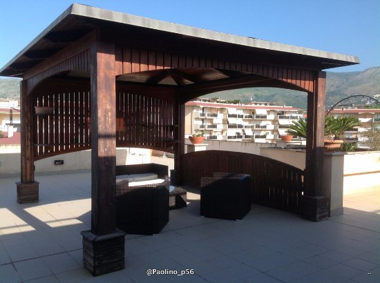 Gazebo Per Terrazze Foto.Gazebo In Terrazza Picture Of Le Terrazze Formia
