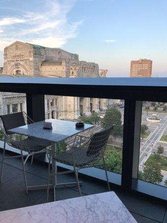 Terrazza Gallia: Bar Tables - Picture of Terrazza Gallia, Milan ...