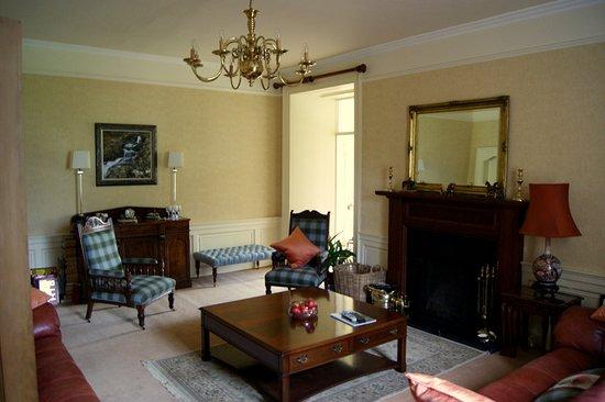 West Linton, UK: Living room