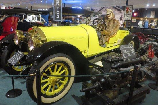 The Car and Carriage Caravan Museum: Nice coat, buddy.