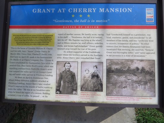 Savannah, TN: Marker with brief history of the home and the part it played during the CW