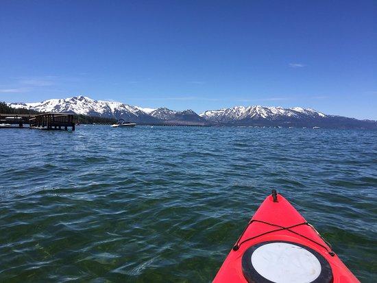 Stardust Lodge: Kayaking on Lake Tahoe