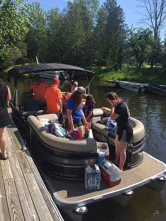 Bellaire, MI: Pontoon Boat Rental