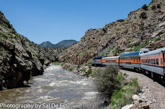 Royal Gorge Route Railroad: Engine on both ends so the return trip is easy.