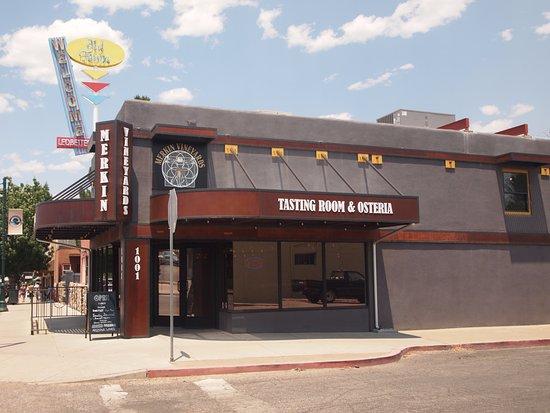 Cottonwood, AZ: storefront of Merkin