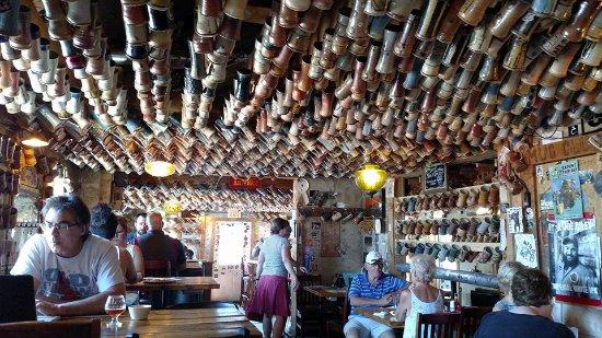 Marshall, MI: inside decor and seating