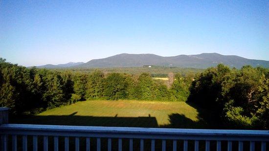 North Conway Mountain Inn Photo