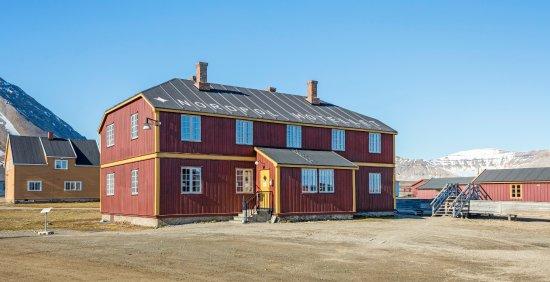 Ny Alesund, Norway: Ny-Ålesund Nordpolhotellet (North Pole Hotel)