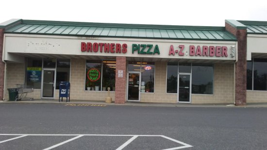 Brother's Pizza : Shopping Plaza Store Front In Fairview Commons In New Cumberland.