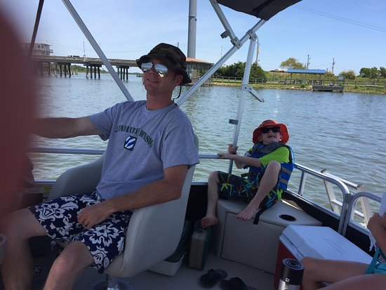 Серф-Сити, Северная Каролина: Aquaholics Boat Rentals LLC