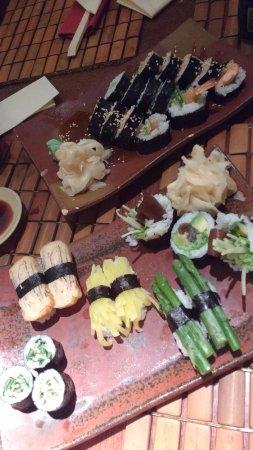Tomo Sushi: Combinado