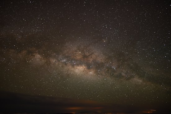 Makawao, HI: The Milky Way over the Big Island