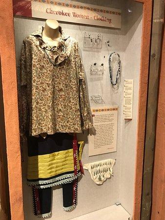 Museum of the Cherokee Indian: Cherokee Woman's Attire