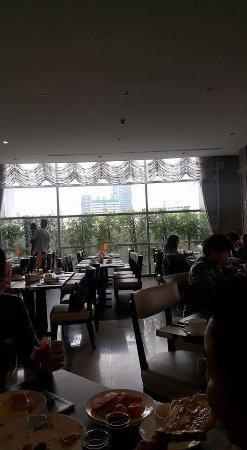 曼谷水門超方便又舒適的酒店