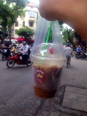 Bánh mì Phố: Coffee take away