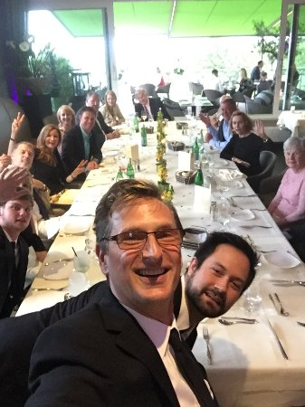 """Königstein im Taunus, Germania: Pic of my """"Global Family"""" as we prepared to enjoy our night together at MIro's"""