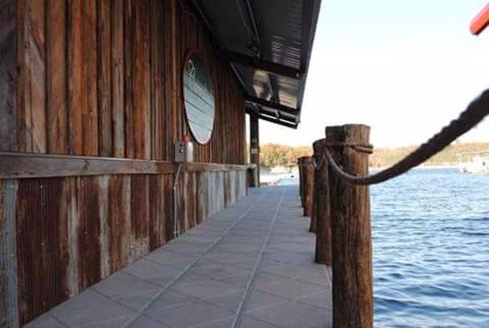 Shell Knob, MO: Walkway to boat parking along restaurant