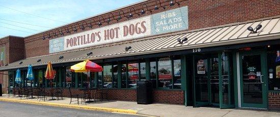 Portillo's Hot Dogs: front of & outdoor patio at Portillo's