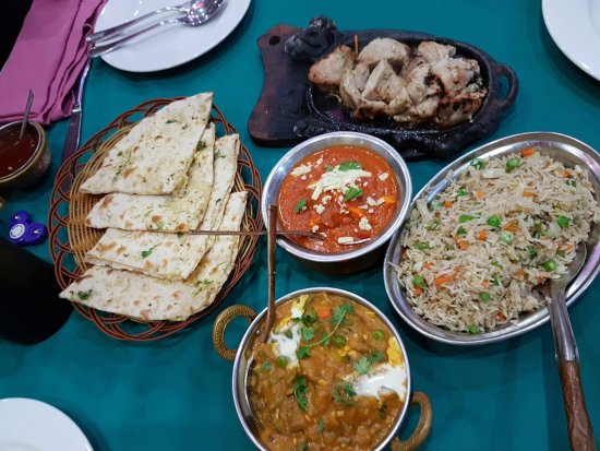 Omar's Tandoori cafe : Наш ужин