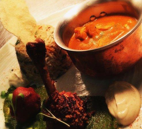 Green Olive Restaurant : Buttered Chicken Curry,Chicken Lollipop