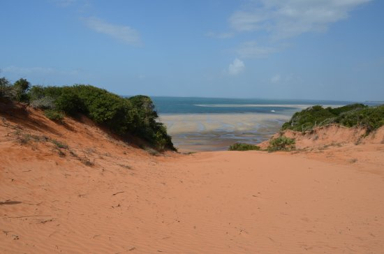 Vilanculos, Mozambique: view on top of the red dunes
