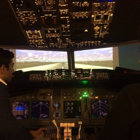 Dreamflight Simulation Center