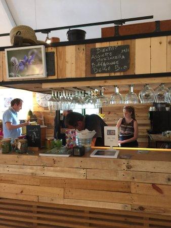 Auderghem, Belgium: Bar en bois recyclé