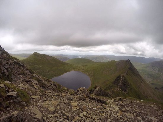 Cockermouth, UK: Looking back on Striding Edge - it is so worth it!