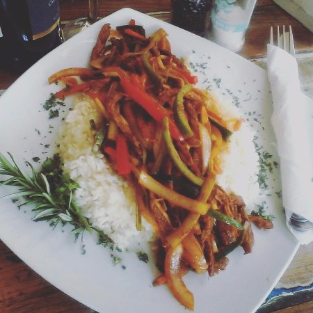 Grabouw, Южная Африка: Julienne beef stir fry at The Orchard Farm Stall
