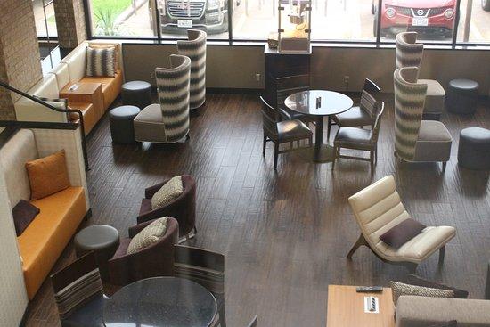 Drury Inn & Suites Austin North Photo