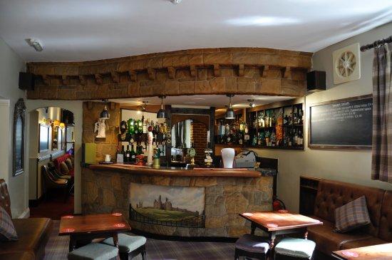 Embleton, UK: Bar looking towards restaurant