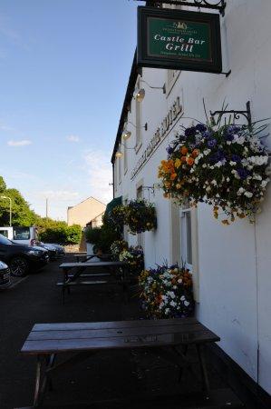 Embleton, UK: Tables outside