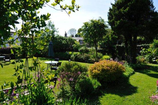 Embleton, UK: Garden
