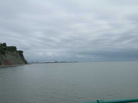 Penarth, UK: View towards Cardiff