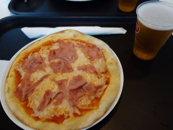 Mercado Bom Sucesso: traditional pizza