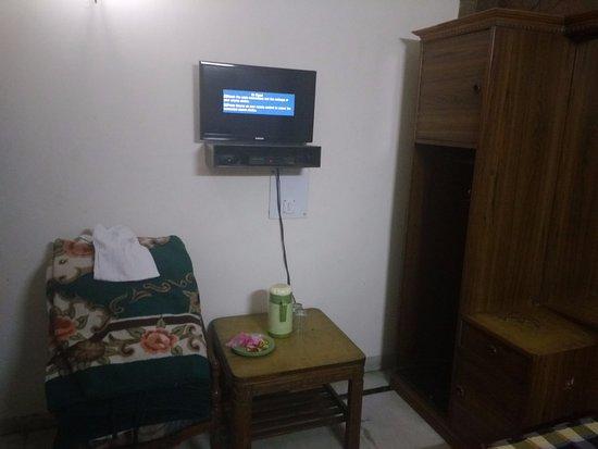 Hotel Sunshine: TV