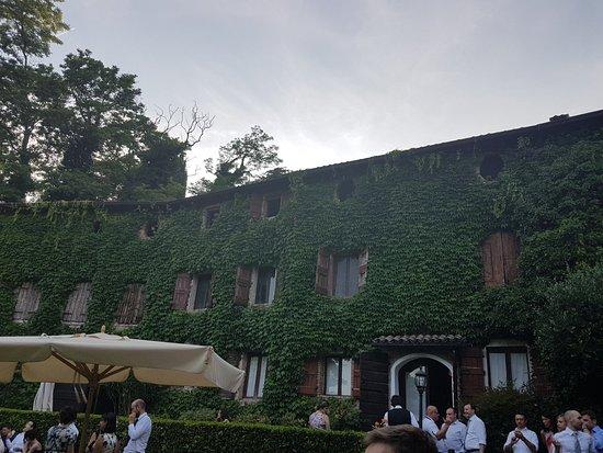 Costermano, Italy: L'interno del luogo