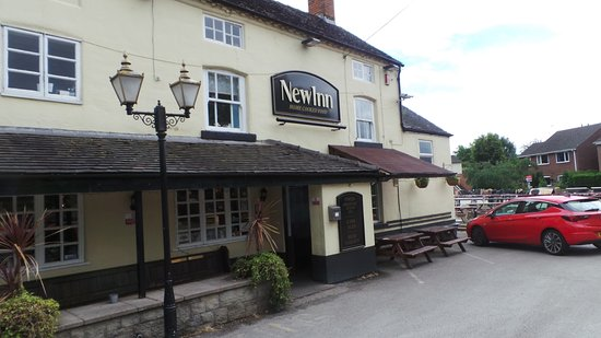 Shardlow, UK: Situated on the canal and has parking and nearby mooring